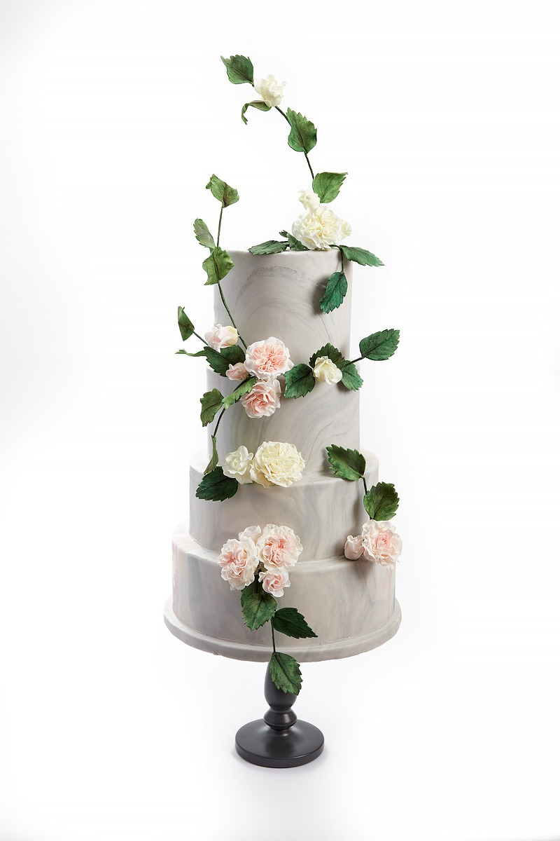 Climbing Roses | Clare Anne Taylor Couture Cakes
